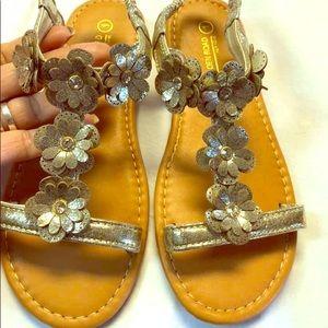 Other - Very cute little girls Sandals